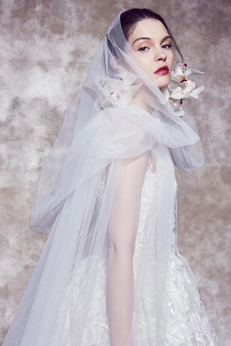 مجموعة فساتين زفاف ماركيزا لربيع عام 2020