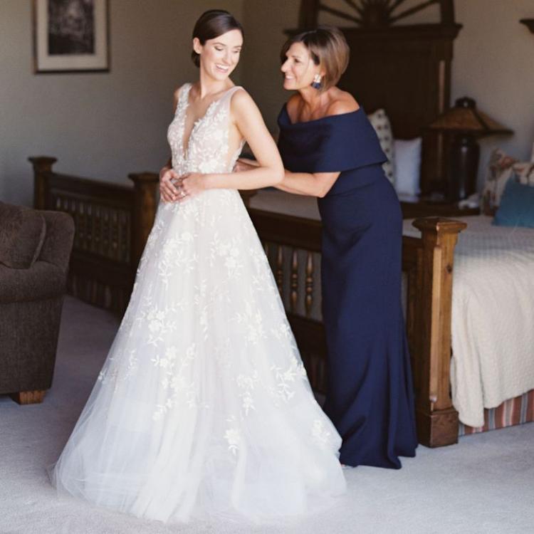 أمور يجب على والدة العروس معرفتها