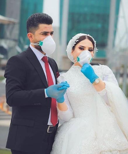 Unique Wedding Pictures During The CoronaVirus