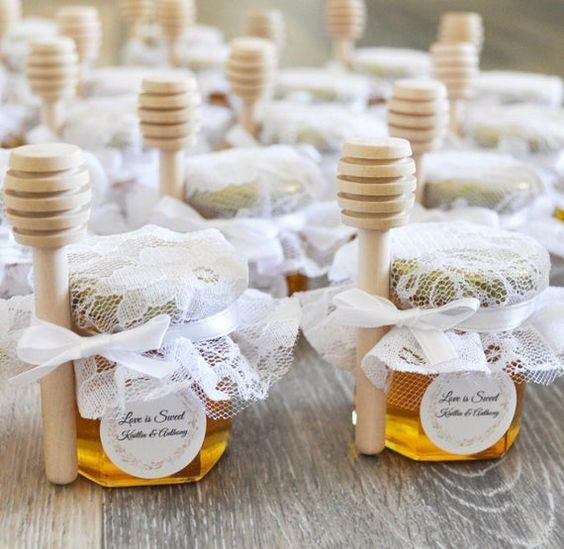 DIY Wedding Favors | Arabia Weddings
