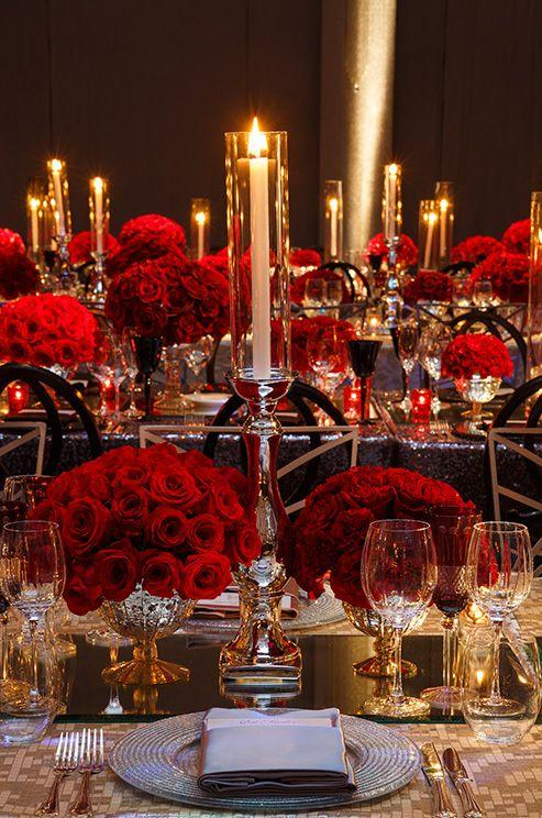 Your Timeless Wedding Flower: Red Roses