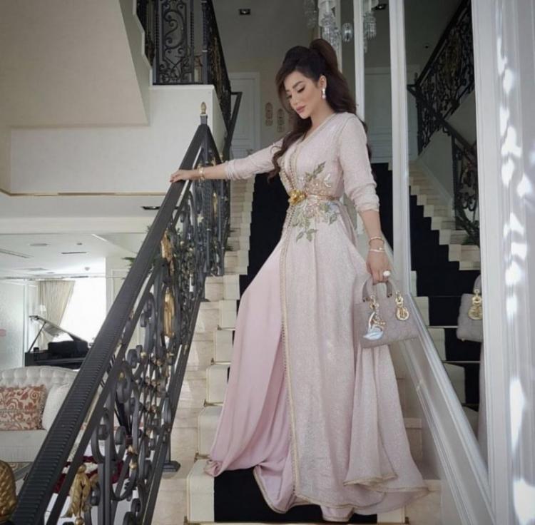 Beautiful Kaftans by Arab Fashion Designers