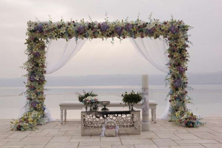 Celebrate Your Wedding at the Lowest Point on Earth: The Dead Sea