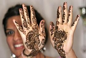 What Are You Wearing on Your Henna Night?