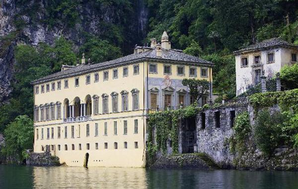 Villa Pliniana in Lake Como