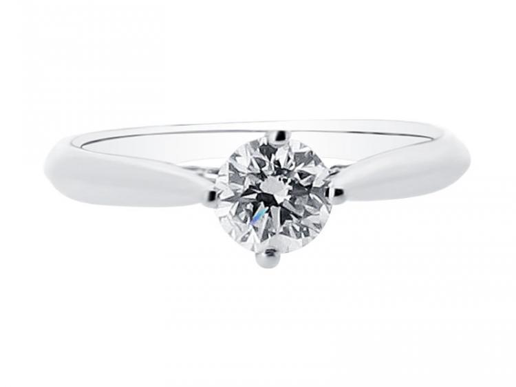 Minimal Diamond Ring