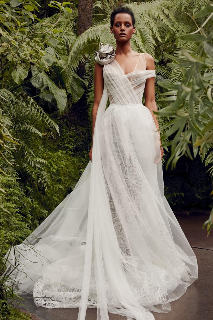 The 2020 Wedding Dress Collection by Vera Wang 4