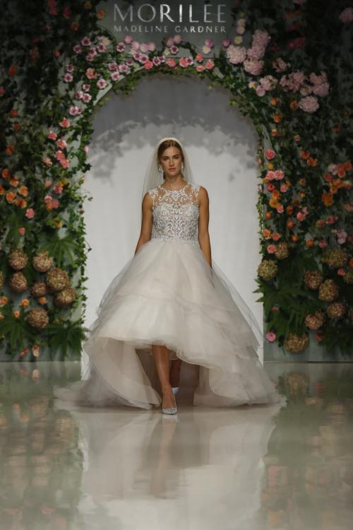 """مجموعة فساتين زفاف """"الحديقة السرية"""" لربيع 2019 من موريلي"""
