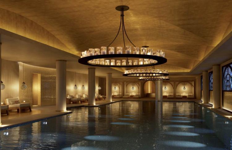 Cinq Mondes, Emerald Palace Kempinski Dubai