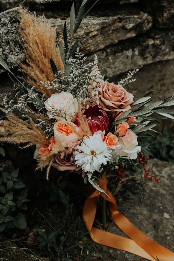 Woodsy Bridal Bouquet 1