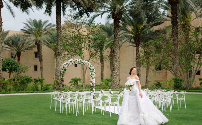 حفلات الزفاف في وجهات خارجية