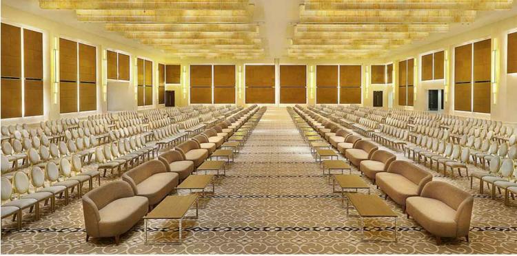 القاعة الكبرى في فندق هيلتون الرياض