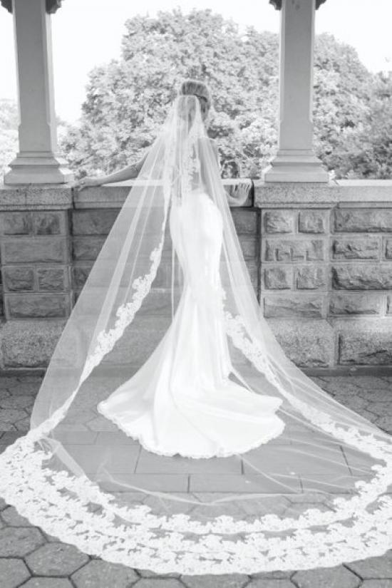 طرحة العروس الطويلة (كاثيدرال)