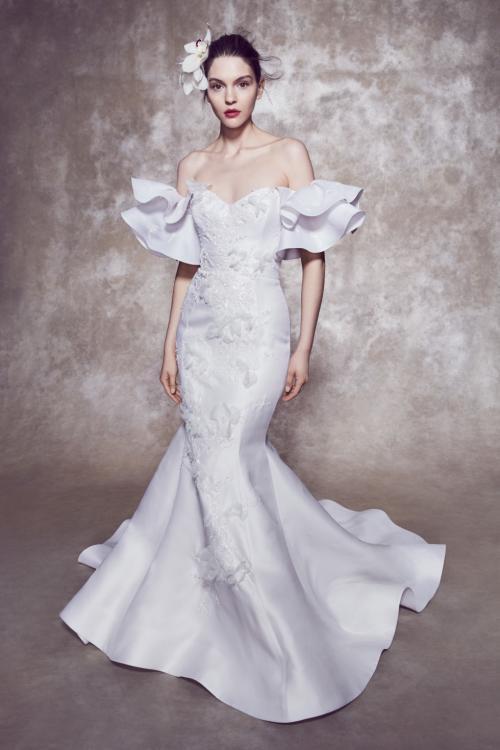 فستان زفاف من مجموعة ماركيزا