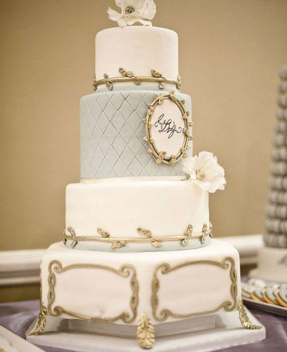 Vintage Frames Wedding Cake