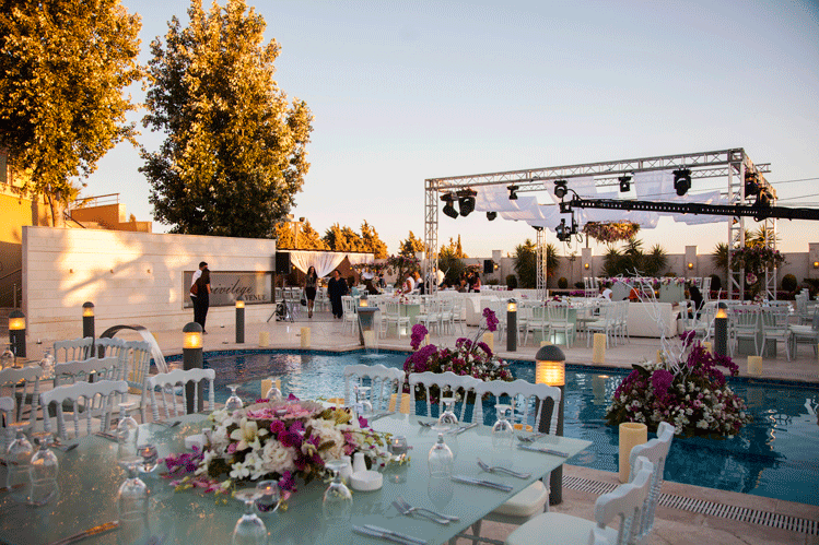 مكان حفل الزفاف