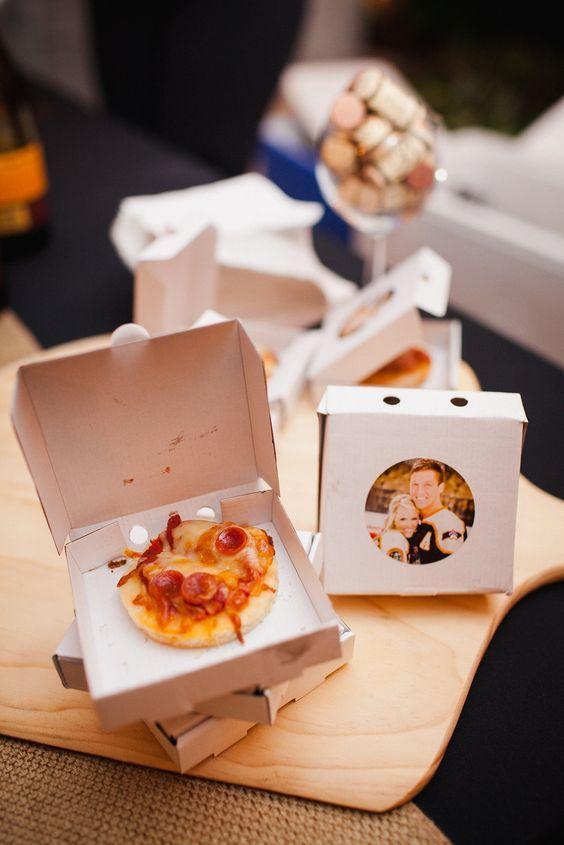 البيتزا المصغرة