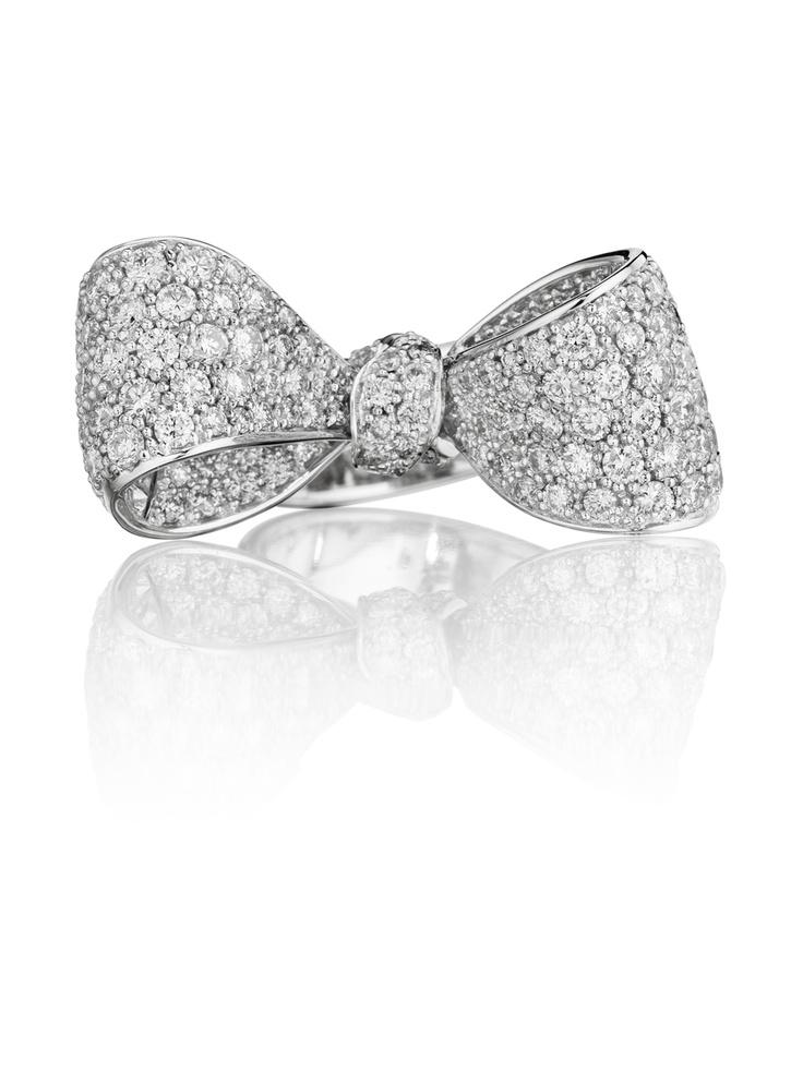 Bow Engagement Ring 3