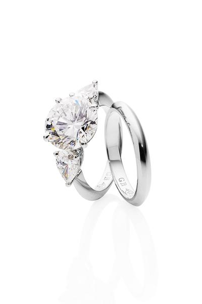 Diamond Cluster Wedding Rings 2