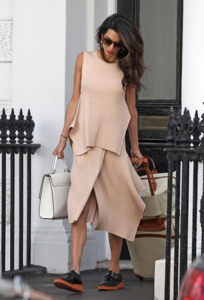 Honeymoon Style Inspired by Amal Clooney 2