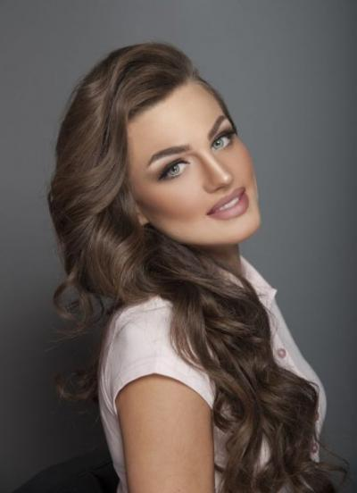 Makeup by Emirati Makeup Artist Hind Nourssine