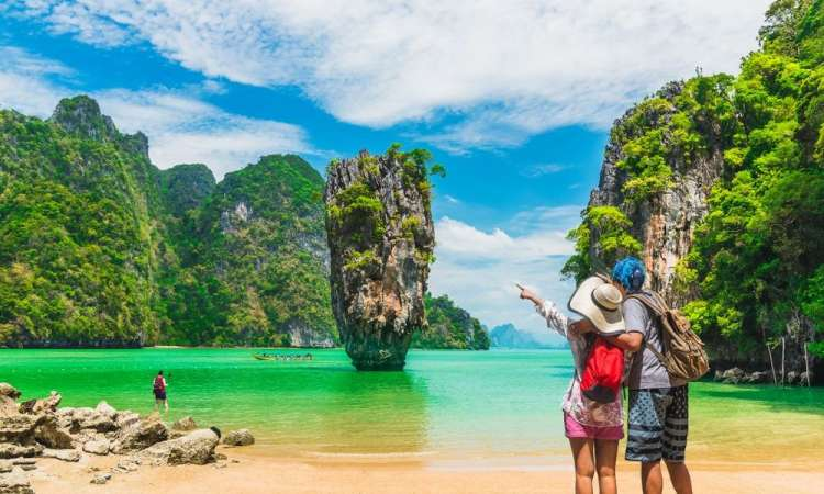 How to Plan a Successful and Safe Honeymoon
