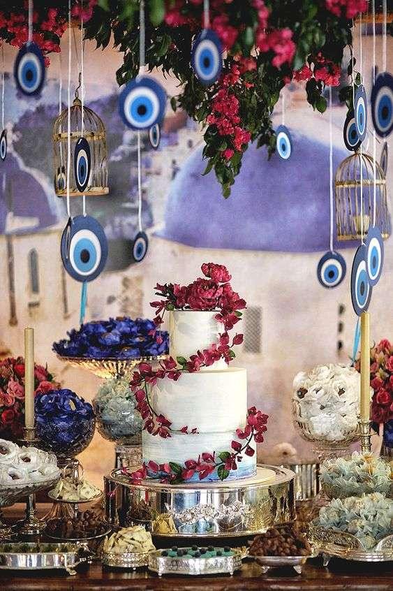 حفل زفاف بثيم الخرزة الزرقاء