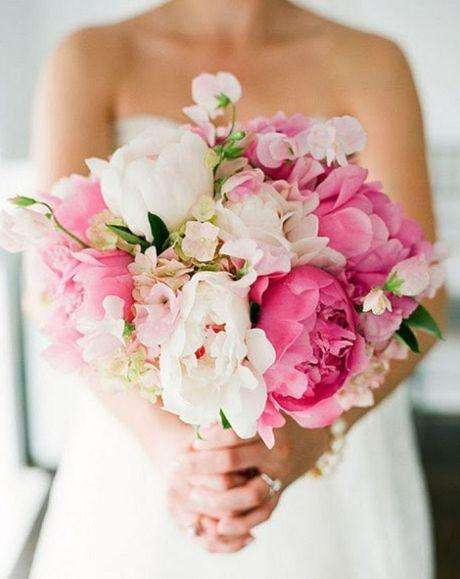 Wedding bouquet with Sweet Peas