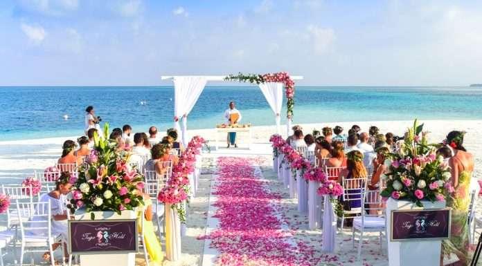 حفل زفاف على شاطئ هاواي