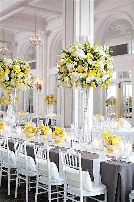 ديكورات حفل زفاف باللونين الرمادي والأصفر