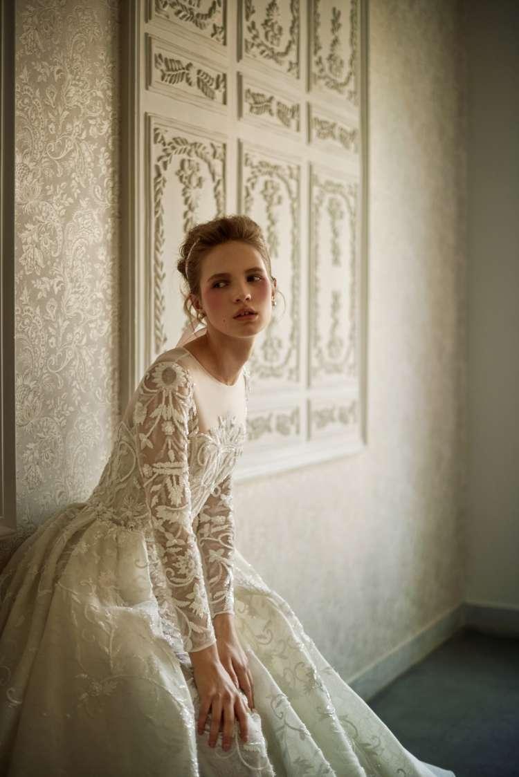 مجموعة فساتين الزفاف الجاهزة لعام 2021 من تصميم سعيد قبيسي