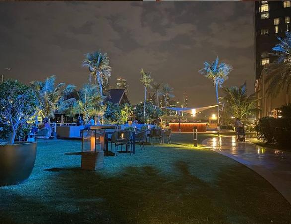 فندق شاطىء روتانا
