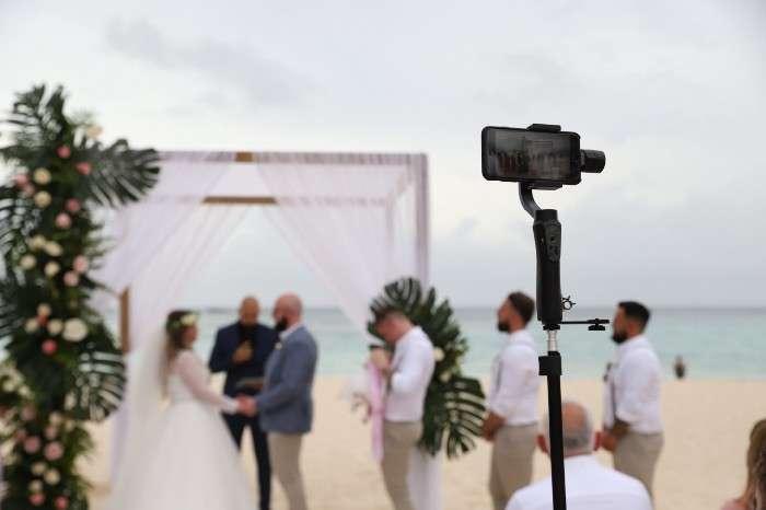بث حفل الزفاف