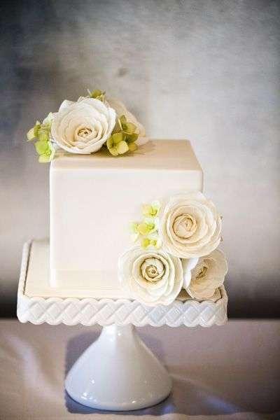 Square Wedding Cake 1