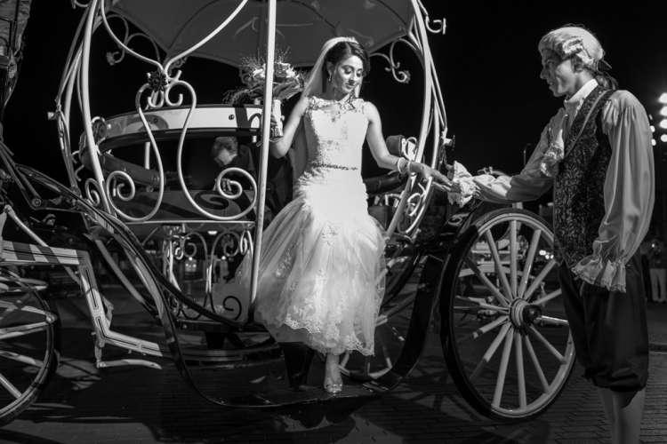 A Fairy-Tale Wedding in Disneyland Paris 1