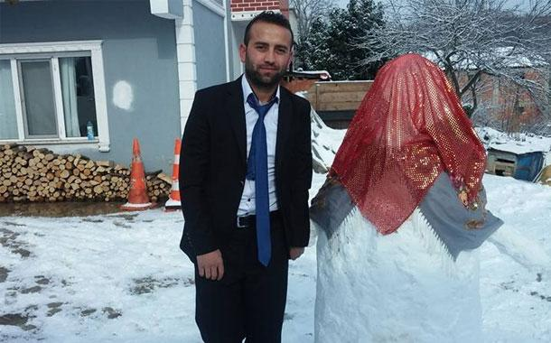 Turkish Man Builds a Snow Bride Goes Viral