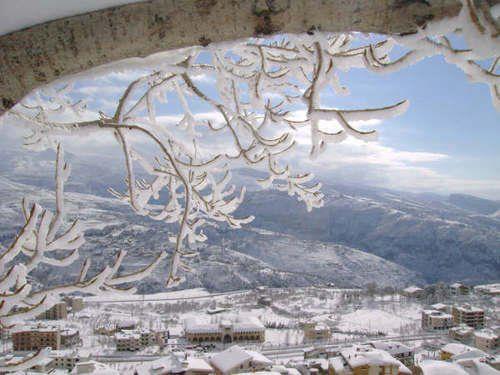A Snow Storm Wedding in Lebanon