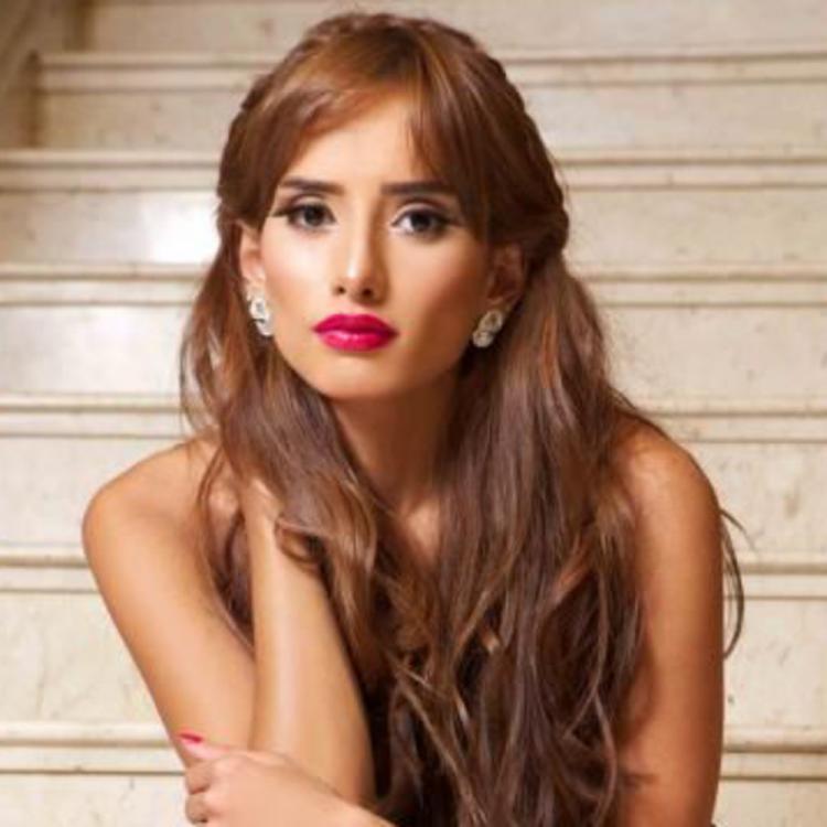 Zeina Receives Multiple Marriage Proposals