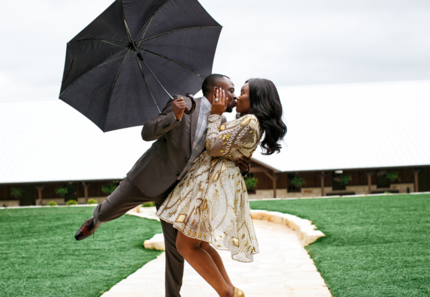 Bride's Wig Falls Off During Pre-Wedding Photoshoot