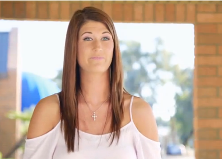 Video: Giant Bride Struggles Trying On Wedding Dresses