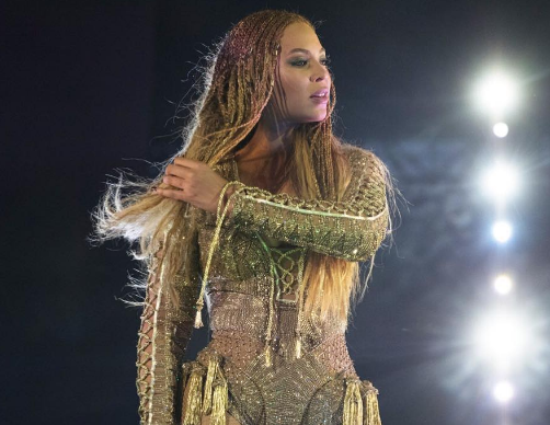 Video: Beyonce Arranges Marriage Proposal For Backup Dancer