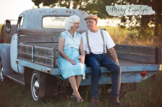 Couple Celebrates 57 Years of Marriage with Notebook Photo Shoot