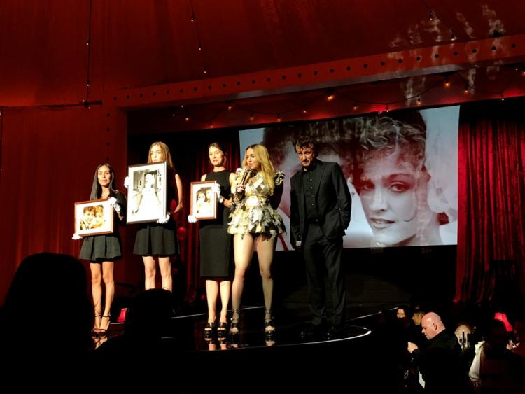 Madonna and Sean Penn Auctioned Off Their Wedding Photos