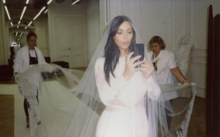 Kim Kardashian Wishes Kanye West a Happy 3 Year Anniversary
