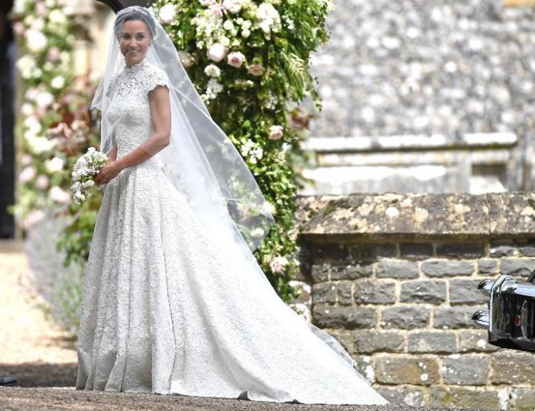 Brides Do Good Celebrates the 'Best of British' Wedding Designers