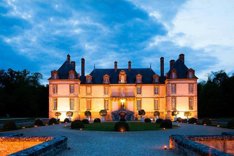 The Wedding Haven Partners with Mariages D'Art to Deliver Destination Weddings in France and Italy