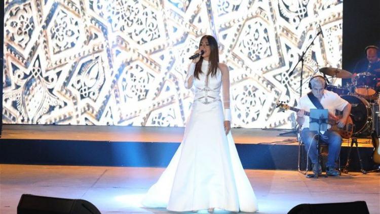 Video: A Marriage Proposal During Hiba Tawaji Concert
