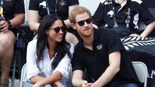Prince Harry and Meghan Markle Are Engaged