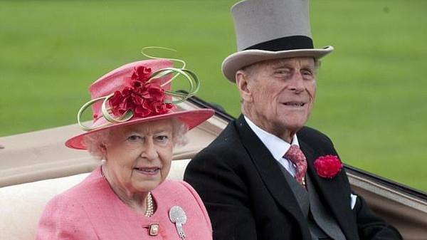 Queen Elizabeth Celebrates 70th Anniversary
