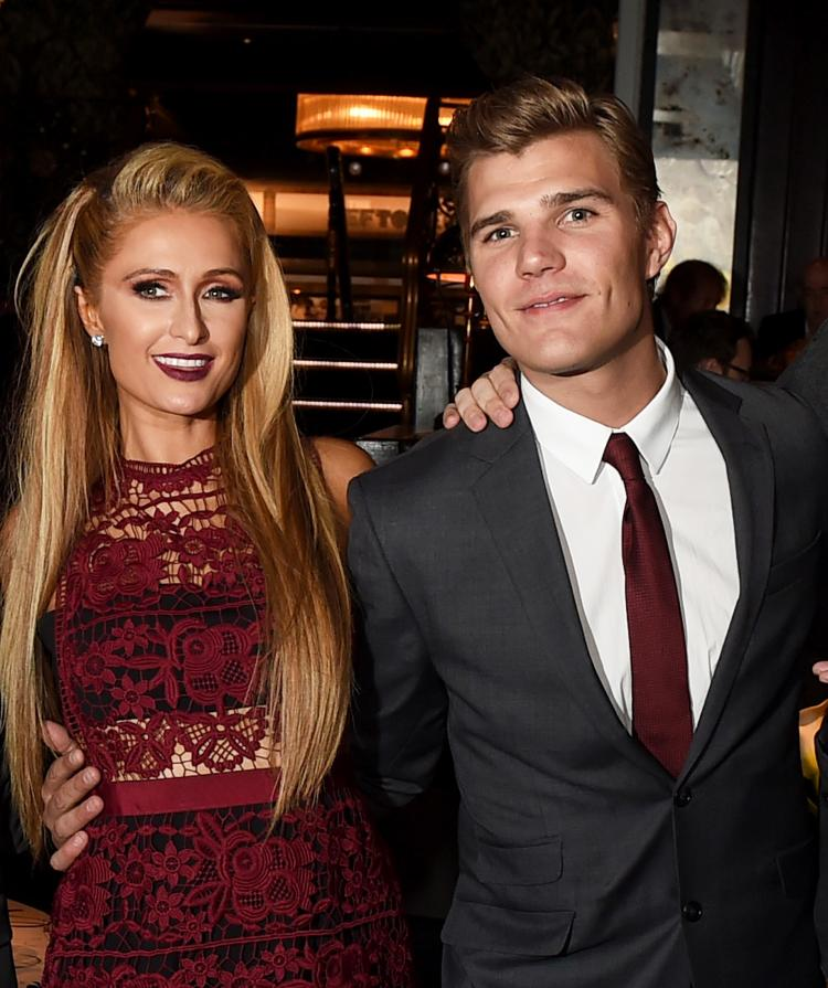Paris Hilton is Engaged to Chris Zylka